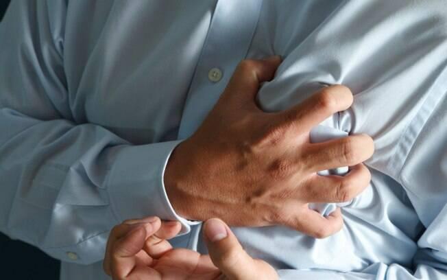 Estudos mostram que o AAS é capaz de reduzir a mortalidade em até 25% em casos de infarto