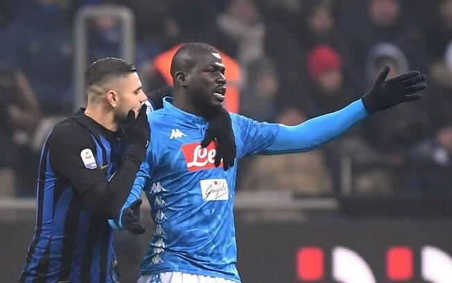 Zagueiro Koulibaly foi alvo de racismo em Inter de Milão x Napoli