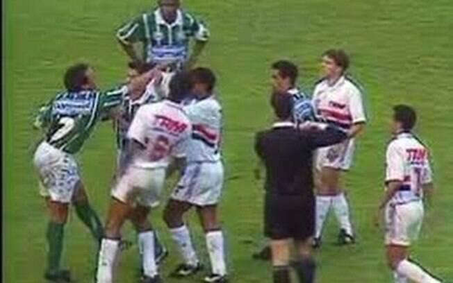 Palmeiras e São Paulo se enfrentam nesta quarta (30)
