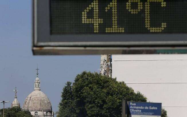 Calor atinge Rio de Janeiro com temperaturas elevadas