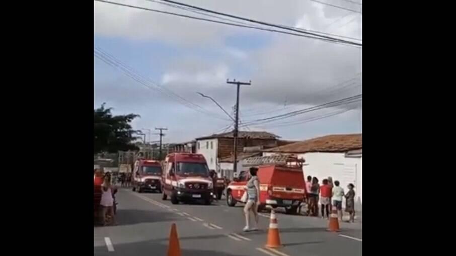 Explosão com botijão de gás deixa três feridos e dois mortos em João Pessoa, na Paraíba
