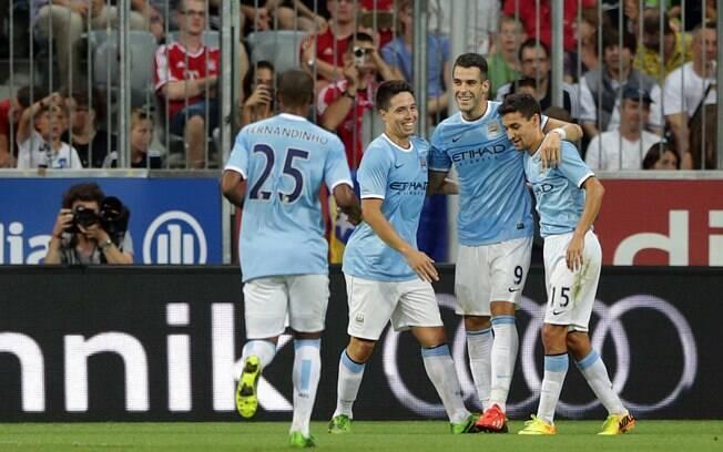 Negredo abriu o placar para o Manchester City  diante do Bayern de Munique