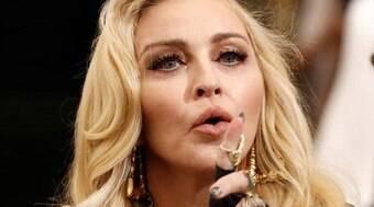 Madonna, Chris Evans e mais: 6 famosos que têm irmãos LGBT