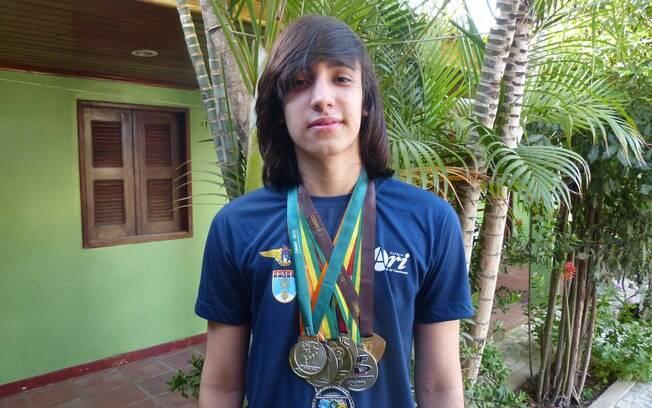 Jefferson Vianna, de 17 anos, teve nota máxima em matemática no Enem 2014