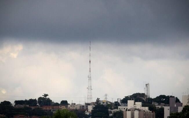 Defesa Civil emite alerta para chuvas fortes em Campinas até quarta