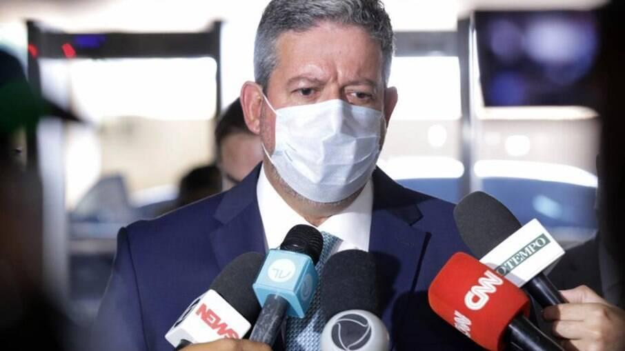 PEC que ameaça diminuir poder do Ministério Público tem apoio do Centrão e do PT