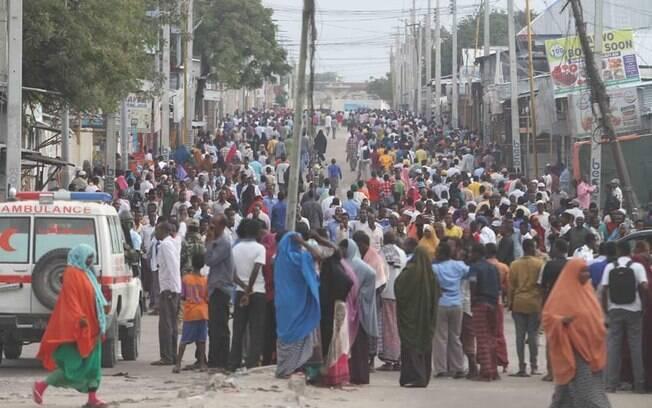 Representante das Nações Unidas na Somália, Michael Keating publicou foto no local de ataque em Mogadíscio