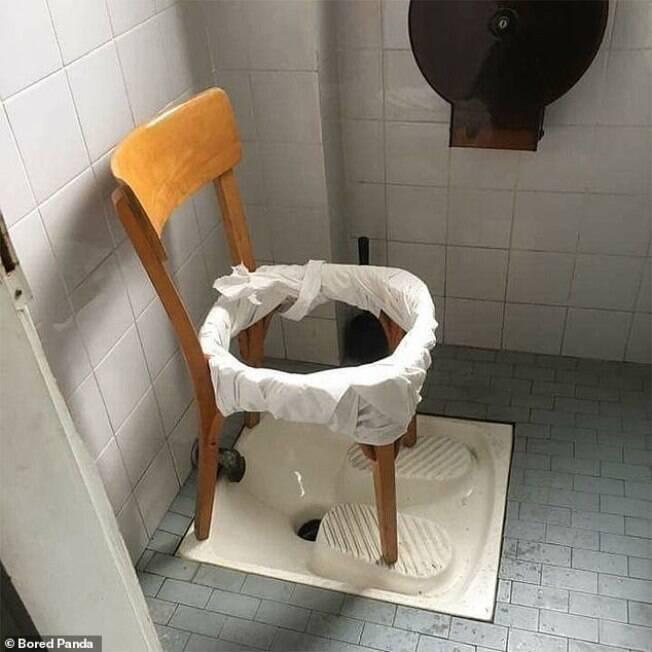 cadeira como privada