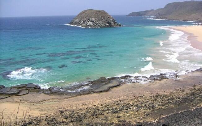 Praia do Leão, um dos redutos mais lindos de Fernando de Noronha