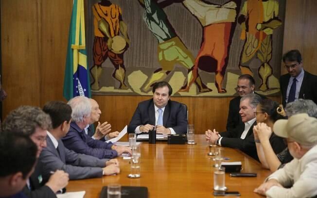 O presidente da Câmara dos Deputados, Rodrigo Maia (DEM-RJ), se reuniu com ex-ministros do Meio Ambiente
