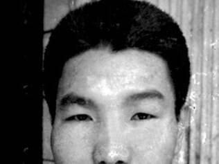 Liberdade.  Hideko Hakamada, em coletiva à imprensa após anúncio de soltura do irmão (  detalhe   )