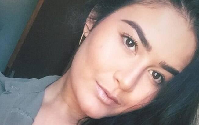 Hellen Porto Lira é filha do prefeito de Maiquinique e recebeu o auxílio emergencial