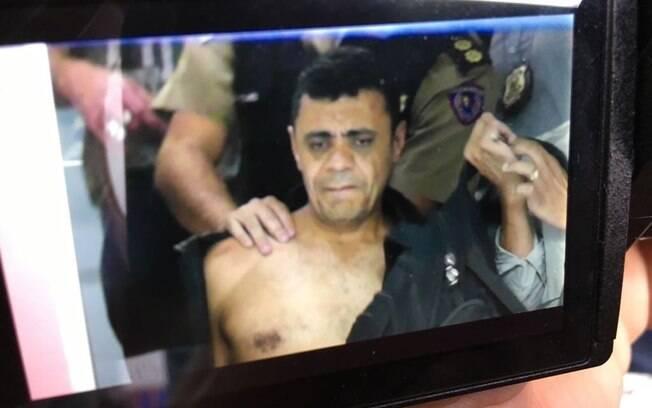Momento exato da prisão de Adelio Bispo de Oliveira, autor do ataque contra Bolsonaro