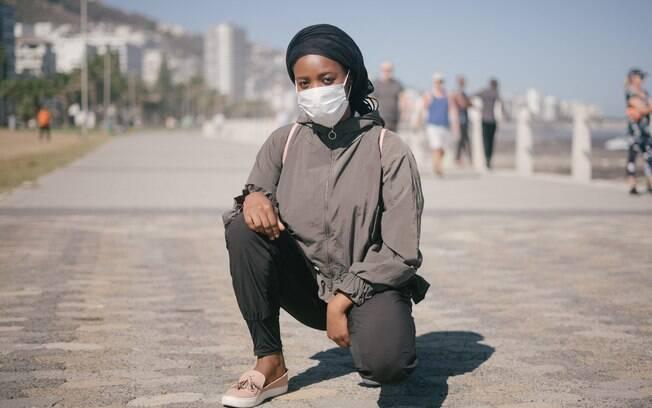 Com a reabertura gradual de negócios e locais públicos, é ainda mais essencial usar máscaras
