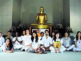 Grupo. Programa online da ONG Peace Revolution faz parte do processo de seleção da organização para um retiro de meditação na Tailândia