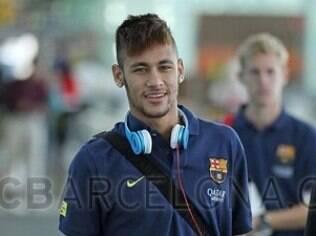 Neymar com seu fone Beats: cópias à venda no centro de São Paulo