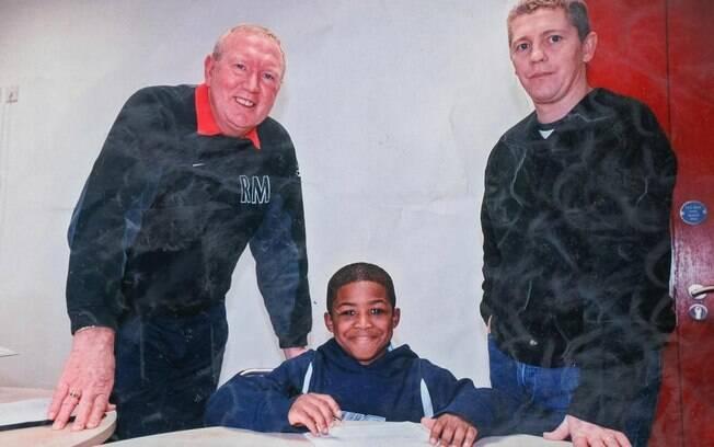 Ainsley Maitland-Niles assinou seu primeiro contrato com o Arsenal aos seis anos