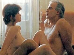 Protagonistas encenam um mergulho profundo em relacionamento sexual
