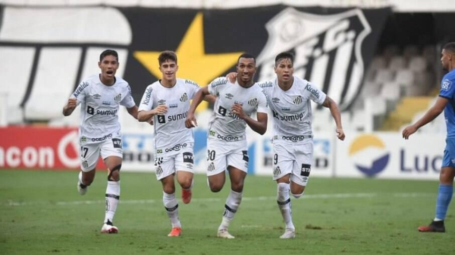 Santos vence o São Bento e segue na Série A-1 do Campeonato Paulista
