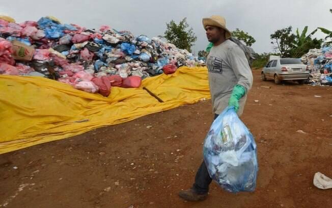 Catadores de material reciclável sofrem impactos da pandemia