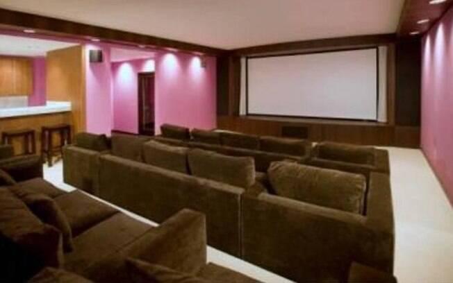 Christina Aguilera tinha até um cinema dentro de sua casa