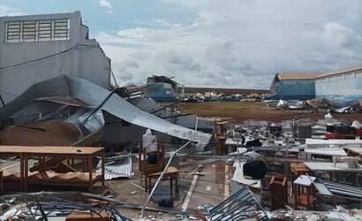Tempestades danificam quase 1 mil casas no Paraná
