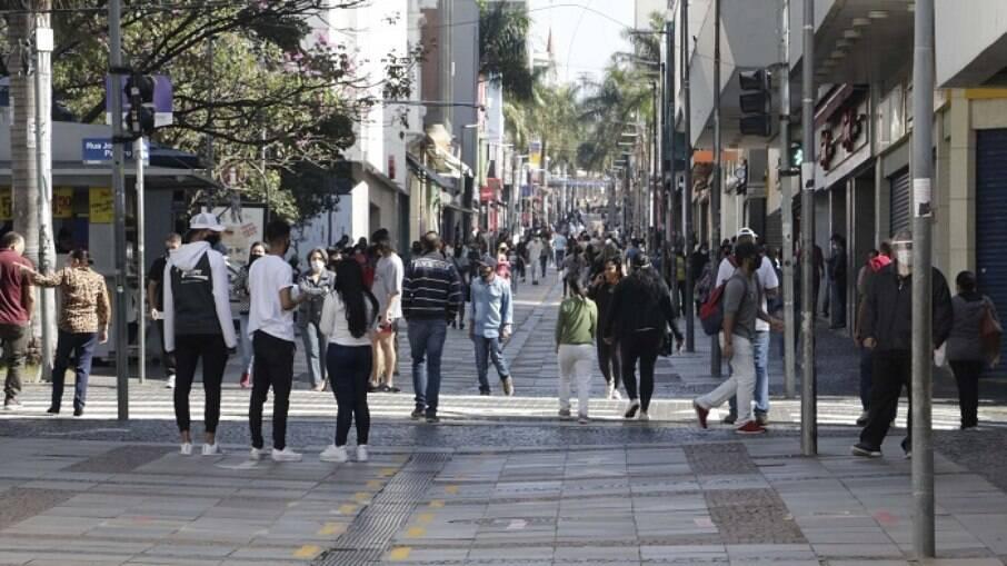 Estados como São Paulo e Rio de Janeiro já aumentaram as restrições