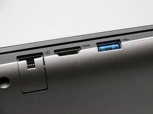Apesar de básico, ultrabook da Lenovo possui entrada HDMI e conexão USB 3.0