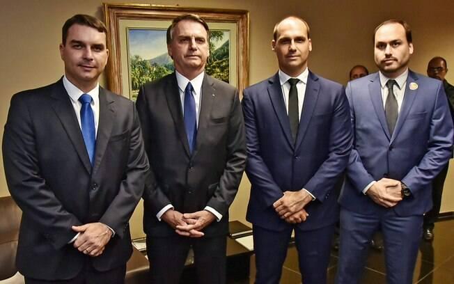 CPI vai interrogar Wajngarten sobre filhos de Bolsonaro
