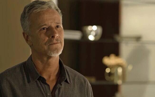 Laura vai pedir a Sampaio que ele tirar a vida de Gabriel em