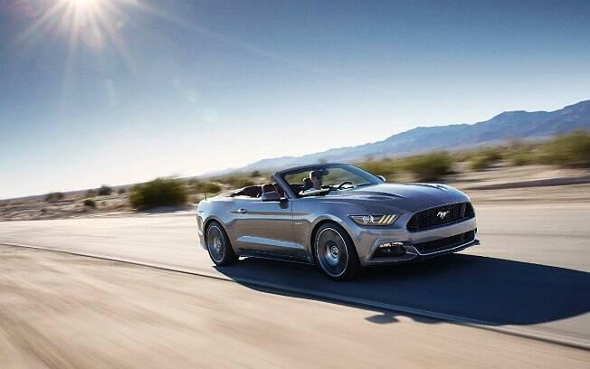 Novo Mustang conversível tem motor V8 de 420 cavalos de potência