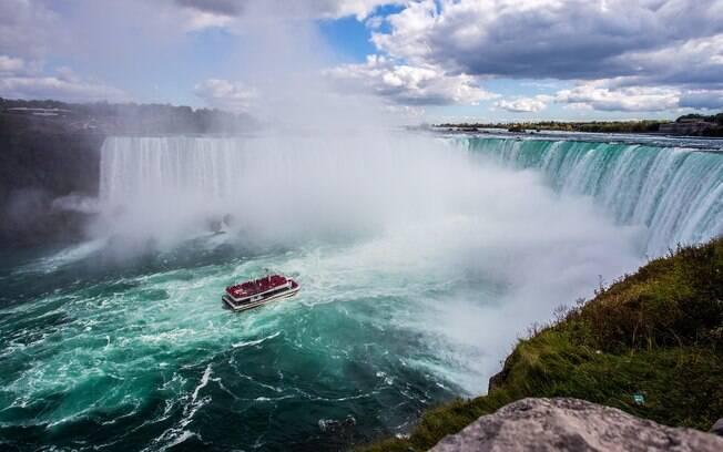 Cataratas do Niágara ficam na divisa entre os Estados Unidos e o Canadá