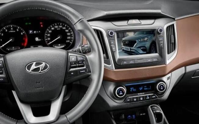 A central multimídia do Hyundai Creta 2019 ganha recurso de TV digital, sendo o único de seu segmento a contar com isso