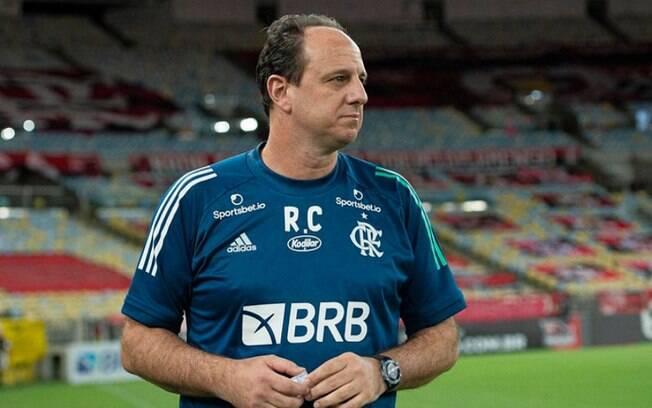 Rogério Ceni tem trabalho muito criticado no Flamengo e pode ser demitido