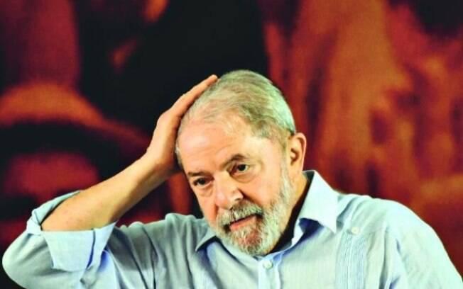 Famosos mostram sua posição sobre a ordem de prisão contra Lula