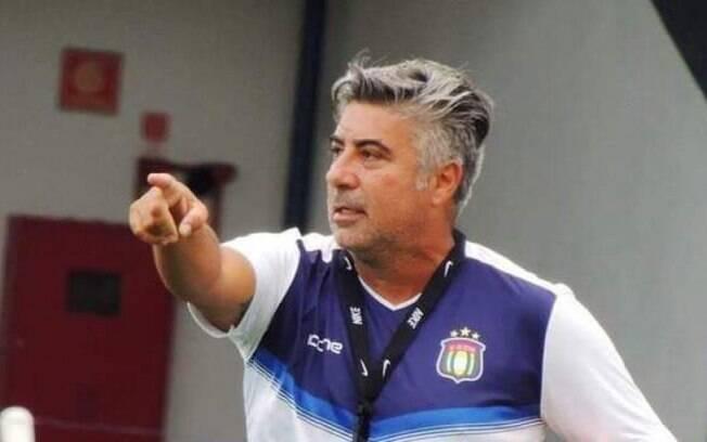 Alexandre Gallo, técnico do São Caetano