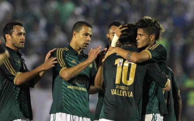 Leandro e Serginho garantiram a vitória por 2  a 0 sobre o Oeste, pela 26ª rodada