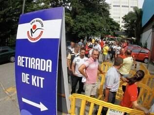 Yescom, organizadora do evento, informou que 1.800 dos 30.000 kits apresentaram erro