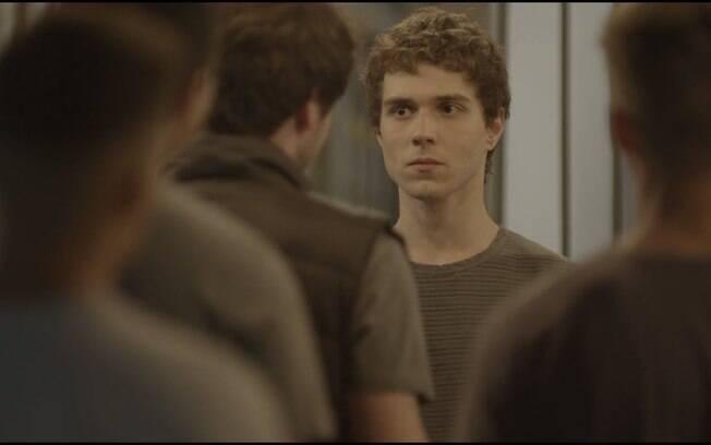 Personagem Gabriel que sofreu agressão física e psicológica por ser gay