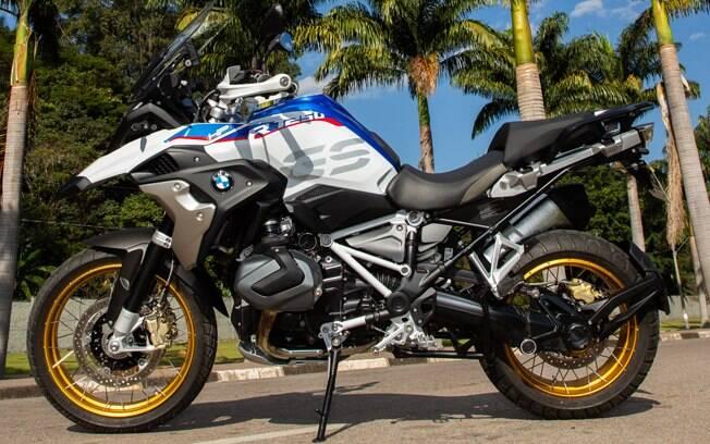 BMW R 1200 GS mantém o bom desempenho  de sempre como moto com apelo aventureiro