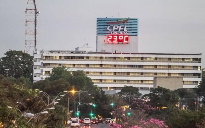 Campinas multa CPFL em R$ 73 mil por poda irregular de árvore