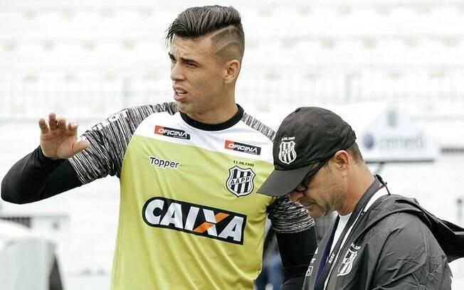Goleiro Ivan, da Ponte Preta, foi chamado para seleção brasileira