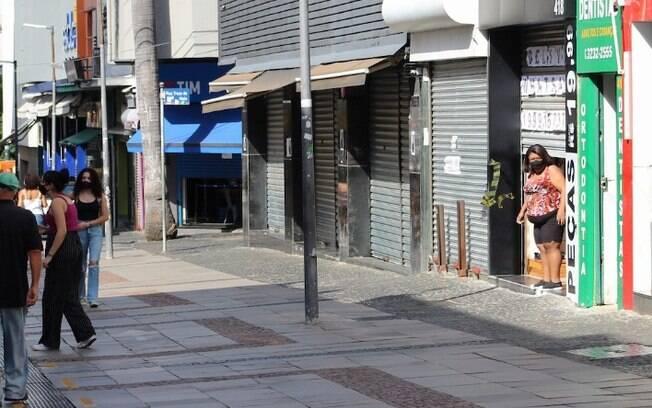 Brasil tem crescimento de 40% de pessoas fazendo compras on-line