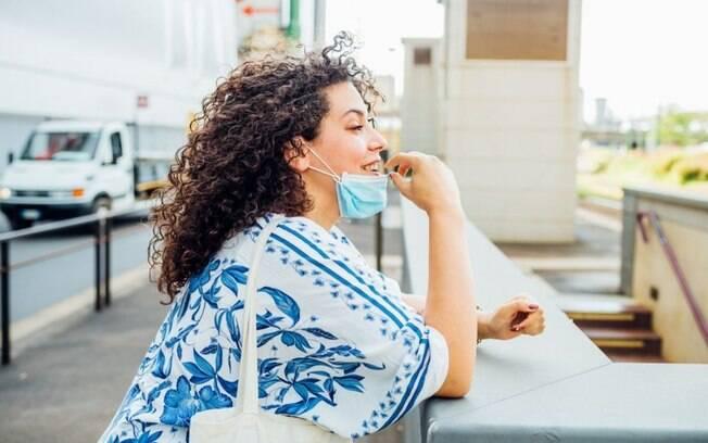 Dificuldade de respirar usando máscara? Alivie com a limpeza nasal!