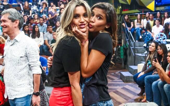 Flávia Alessandra e Giulia no 'Altas Horas'