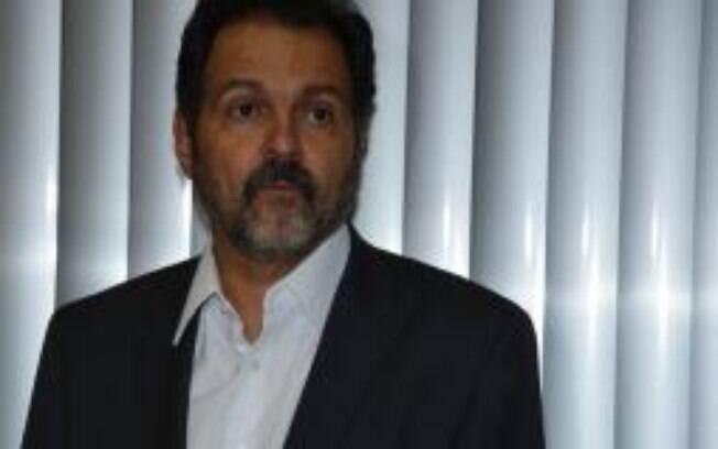 Justiça liberta ex-governador do DF Agnelo Queiroz