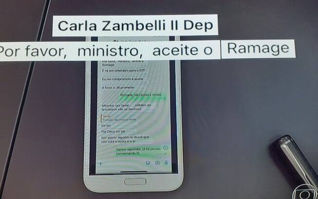 Conversa entre Sérgio Moro e a deputada Carla Zambelli