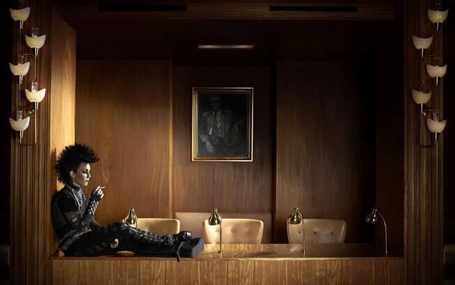 Lisbeth Salander, interpretada por Rooney Mara, na versão americana do filme Os Homens que não Amavam as Mulheres