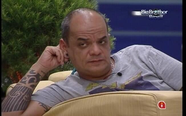 João tem medo de estar na mira dos brothers da Praia