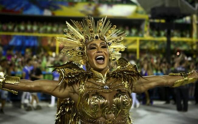 Gracyanne Barbosa desfilou pela União da Ilha neste ano